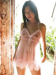 Cute and innocent Japanese av idol Iori Kogawa shows her amazing smile while being naked