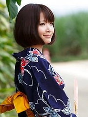 Sweet and innocent Japanese av idol Mayu Kamiya shows her amazing body wearing kimono