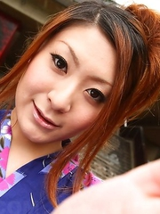 Yuka Kurosawa gives blowjob outdoor